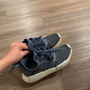SIZE 6 NMD